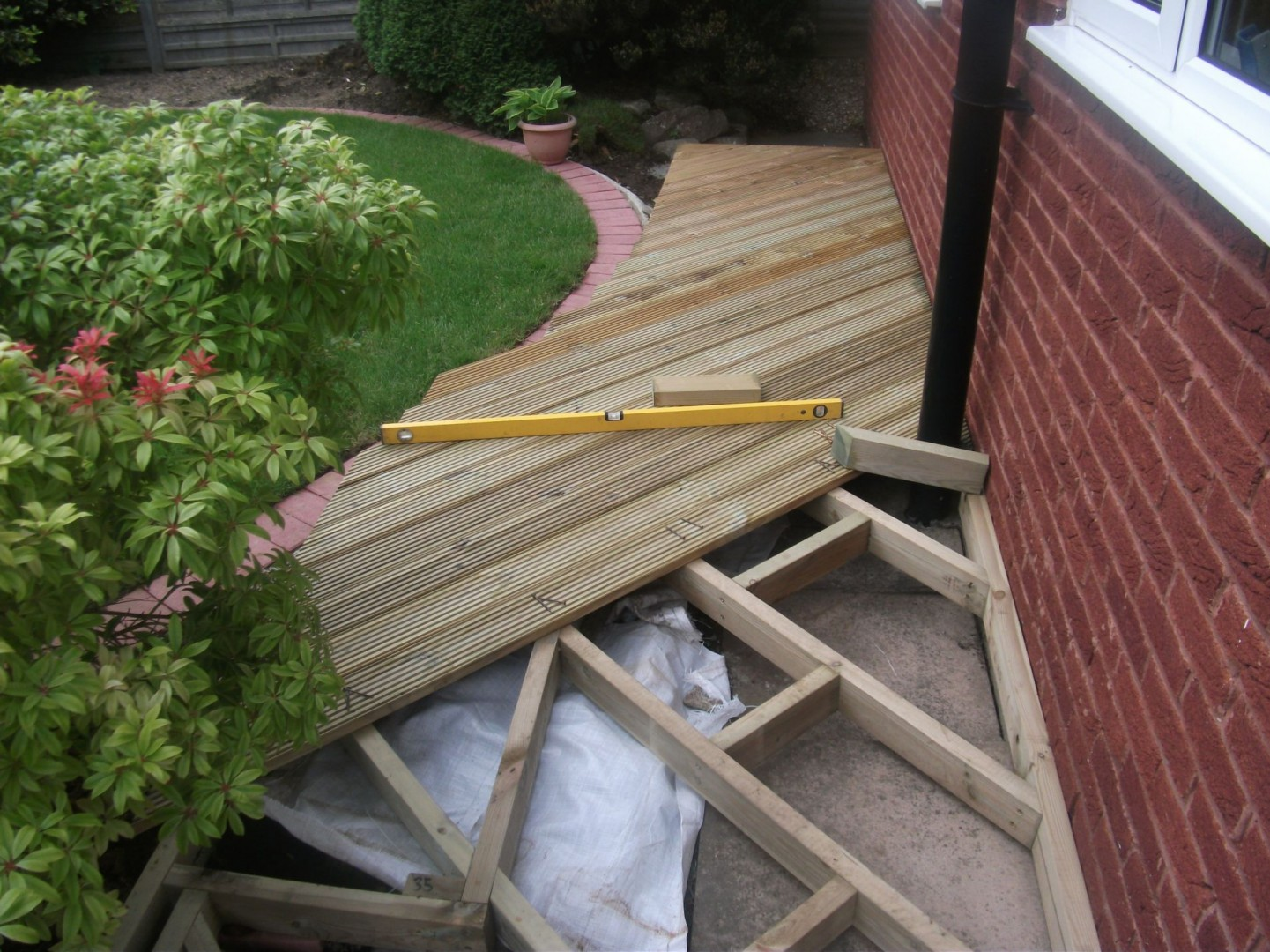 Timber decking Weymouth, Weymouth decking, Weymouth timber decking, deck, deck builder, deck builders, Weymouth deck builders, Dorchester deck builders, Dorchester decking,