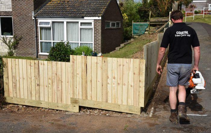 Weymouth tree surgeon, Weymouth fencing specialists, fencing, featherboard, Weymouth, Weymouth fencing, fencing specialists