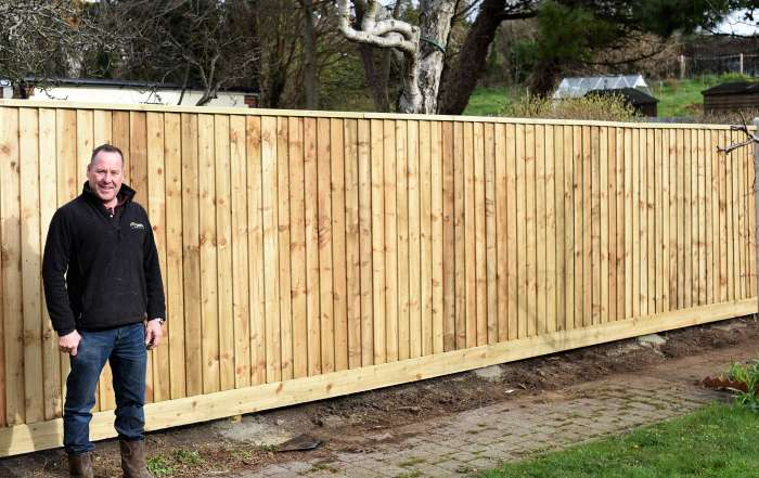 installing feather board fencing, fencing, gate installation, fence and gate installation, fencing Weymouth, fencing Portland, fencing Dorchester, Weymouth fencing, Dorchester fencing, Portland fencing, fencing Wyke Regis, Wyke Regis fencing